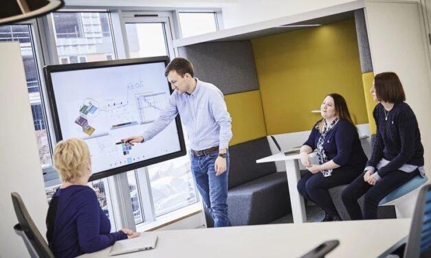 Clevertouch, o opțiune viabilă pentru întâlniri de afaceri profesionale