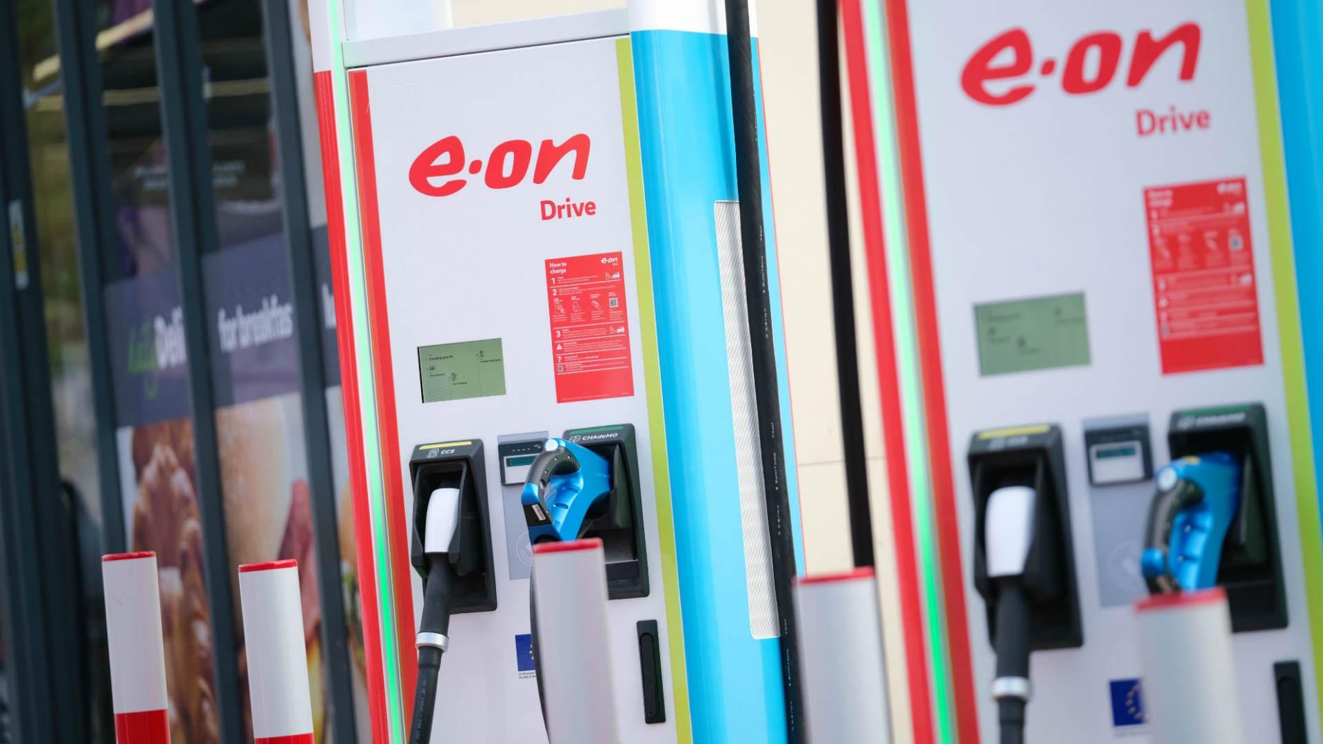 E.ON Drive ajunge la 100 de puncte de încărcare pentru maşini electrice în România