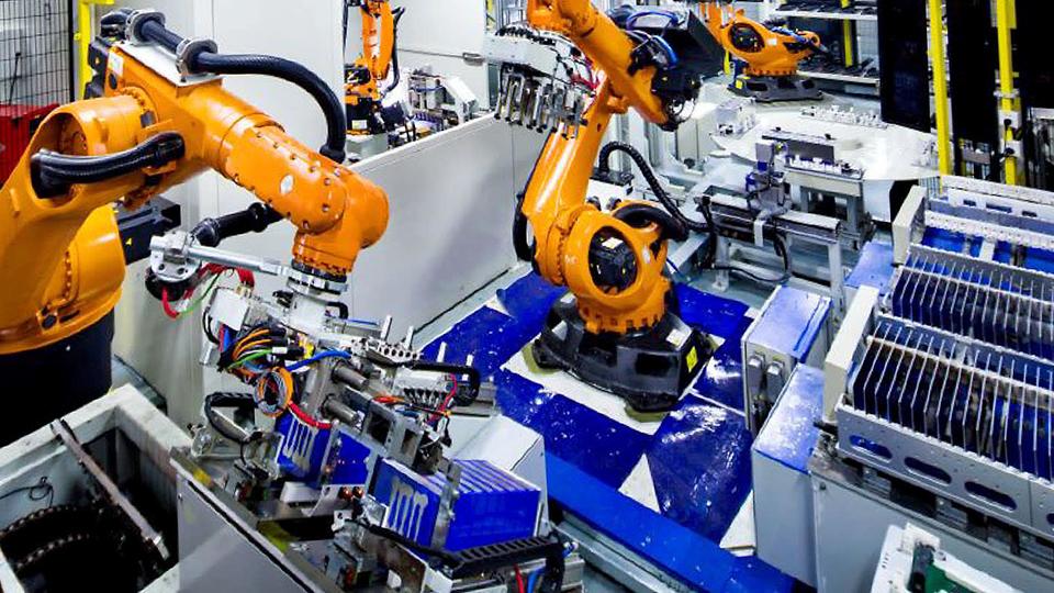 Europa a mai făcut un pas spre o uzină uriaşă de baterii care să concureze cu Tesla şi China