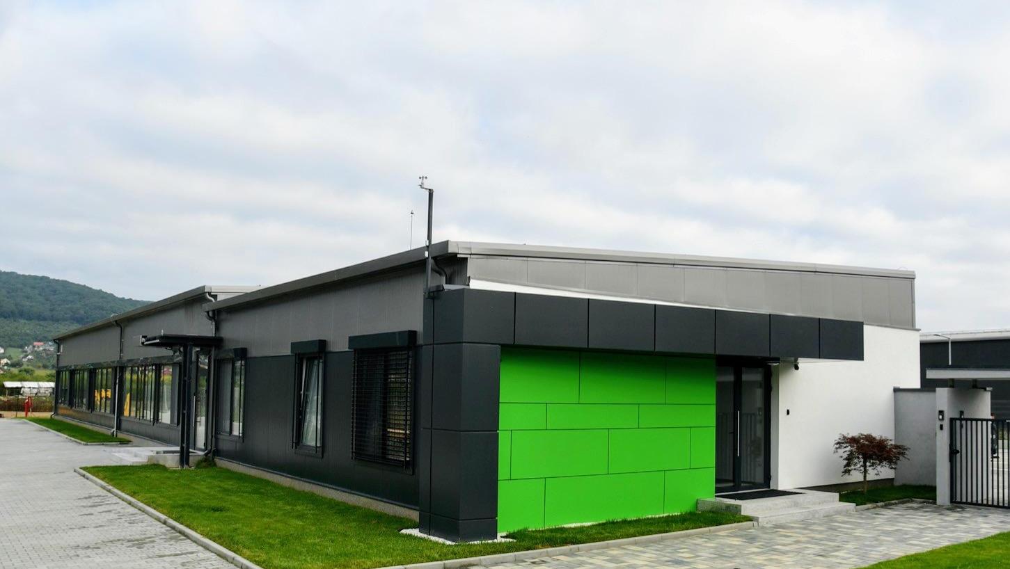 Compania Datacor investește peste 1 mil. de euro într-o fabrică de fibră optică la Bistrița
