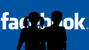 Cum a ajuns poliţia franceză să-i roage pe părinţi să nu mai publice poze cu copiii lor pe Facebook