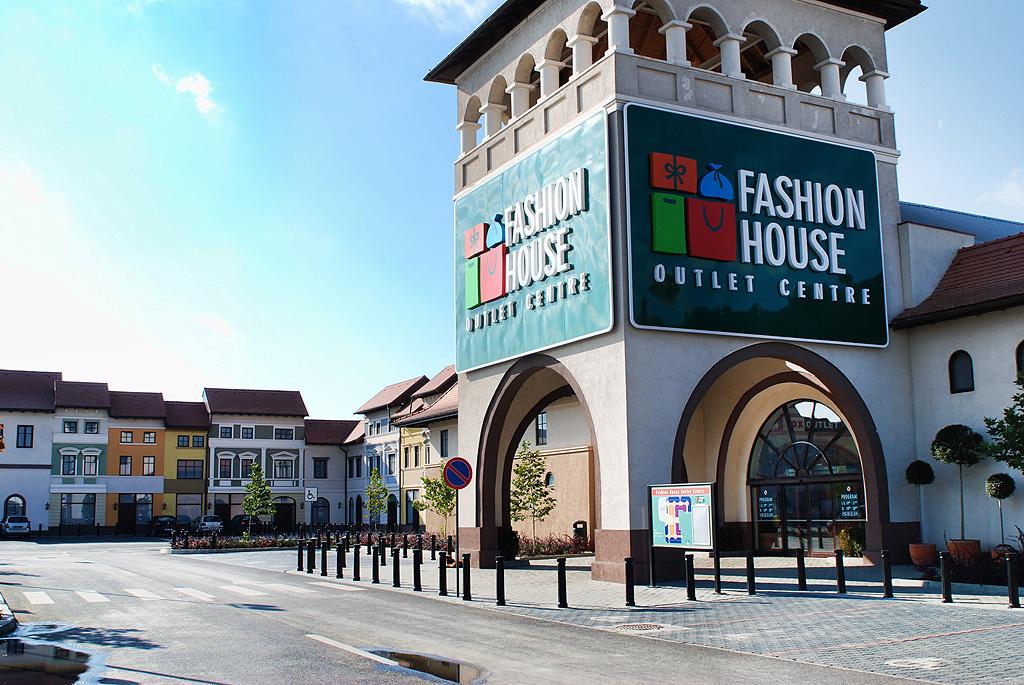Investitorii din retail migrează în număr mare în România, atrași de economie și preferințele cumpărătorilor. Al doilea centru Fashion House va fi deschis