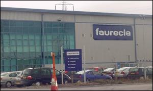 Compania franceză Faurecia va deschide o fabrică de tapiţerii auto la Râmnicu Vâlcea