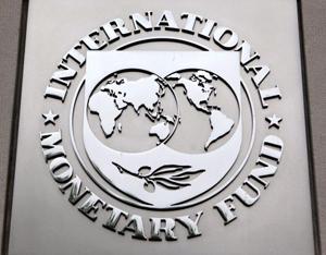 FMI și-a îmbunătățit estimările privind creșterea economiei României în 2017 și 2018