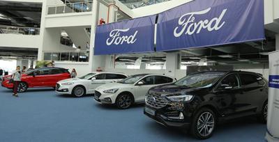 Ian Pearson: Ford a investit 1,3 miliarde de euro în cei 11 ani de când a preluat fabrica de la Craiova