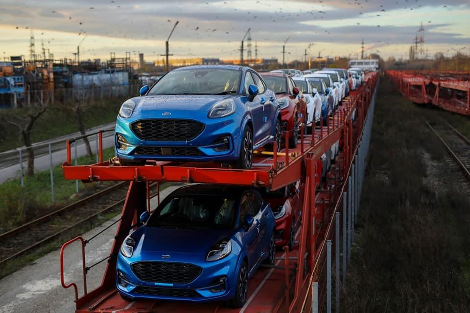 Ford a reluat programul de lucru în trei schimburi la Craiova şi anunţă o investiţie suplimentară de 30 de milioane de dolari