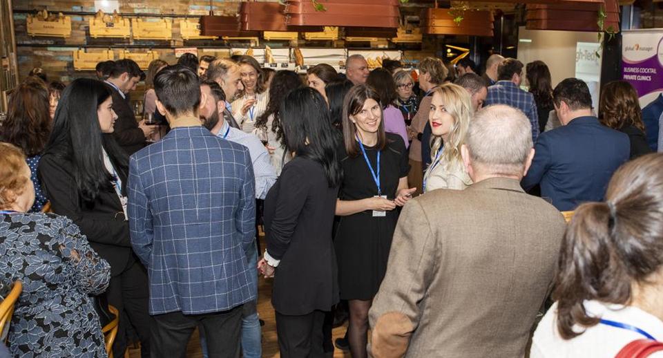 Cea de a treia întâlnire Global Manager Business Cocktails – Clinici Private