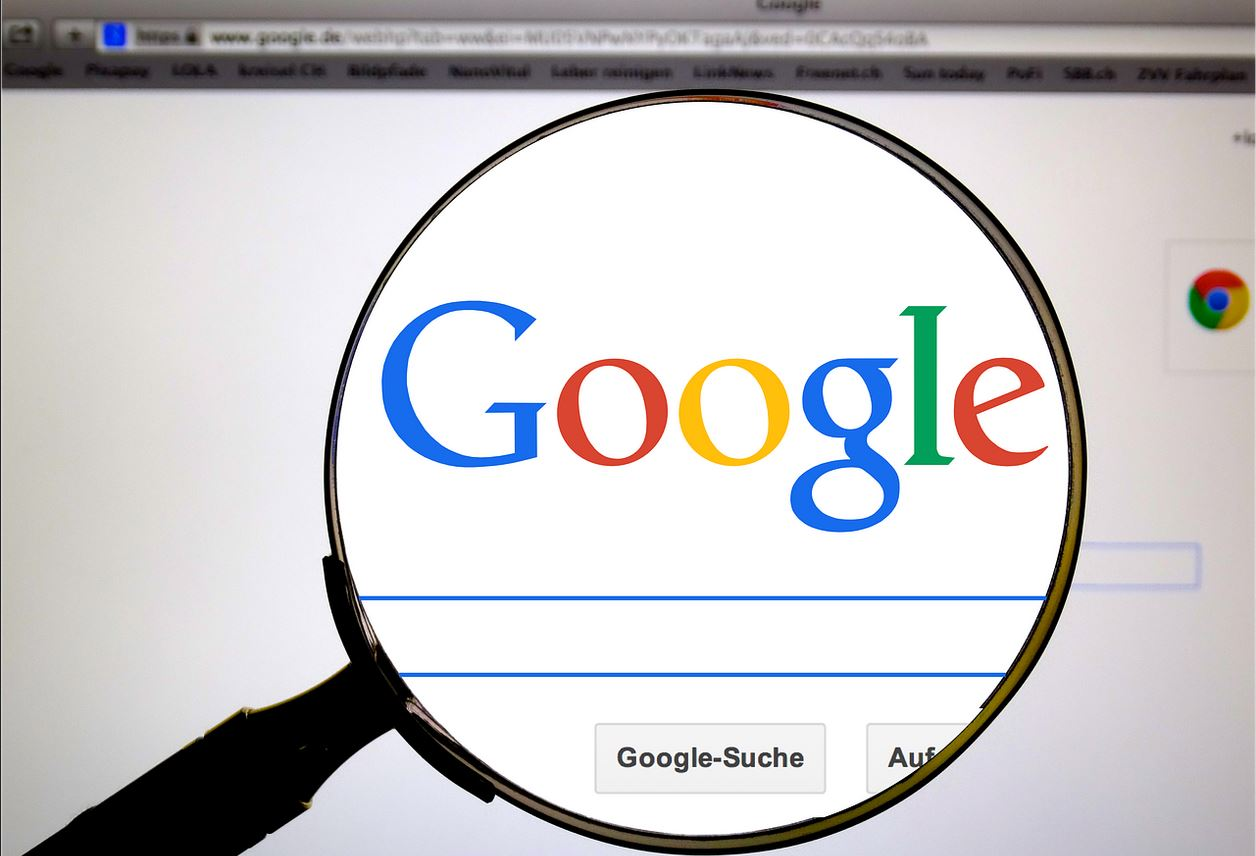 Google România: Categoria de livrări online a crescut cu 58% în căutările românilor, anul trecut