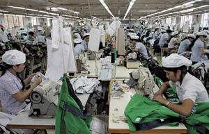 Scădere drastică a activității industriale în luna decembrie