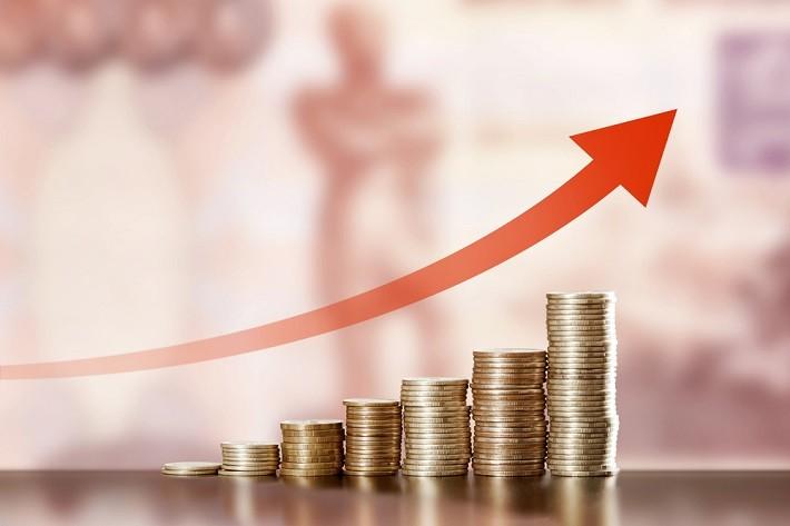 Inflaţia în România este de trei ori mai mare decât media europeană