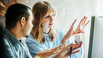 Majoritatea tinerilor moştenitori ai afacerilor de familie pune accent pe adoptarea de noi tehnologii