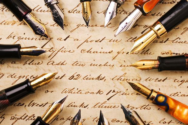 Care sunt cele mai cunoscute branduri de instrumente de scris în viziunea românilor