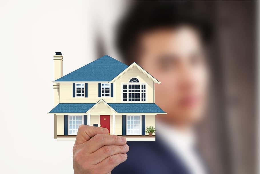 Piața investițiilor imobiliare din România scade în linie cu evoluția din Europa Centrală și de Est