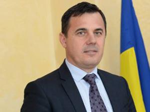 Deputatul Ion Ştefan a depus un proiect pentru acordarea celui de al 13-lea şi al 14-lea salariu angajaţilor din privat