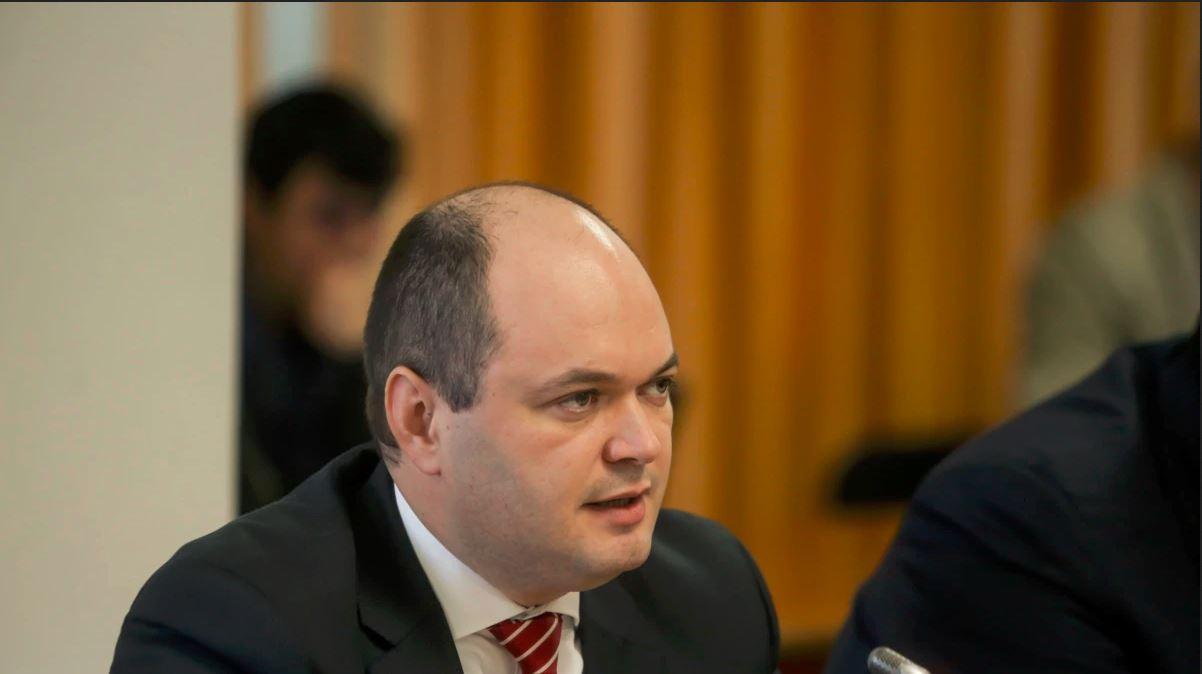 Ionuţ Dumitru, despre buget: Se pleacă de la ideea că în următorii 4 ani anvelopa salariilor bugetarilor rămâne îngheţată