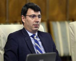 Ministrul Finanțelor anunță că va fi introdusă o măsură tranzitorie care va obliga angajatorul să menţină un anumit nivel al salariului brut