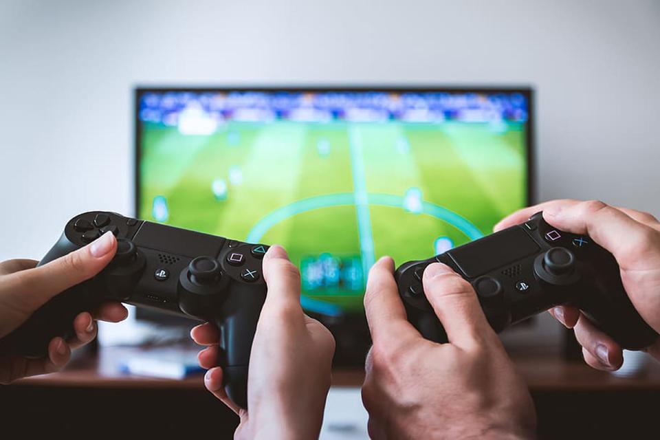 Industria dezvoltatorilor de jocuri video din România nu resimte criza COVID