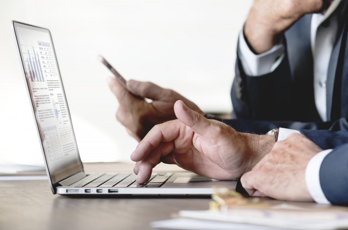 Înainte de martie 2020, utilizarea învățării digitale în cadrul companiilor românești era sub 1%