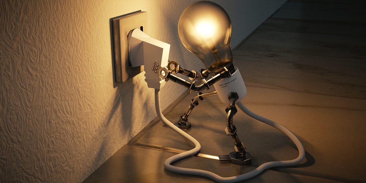 Cea mai mare parte dintre clienţii casnici de energie electrică se află în piaţa concurenţială la finalul lunii iunie
