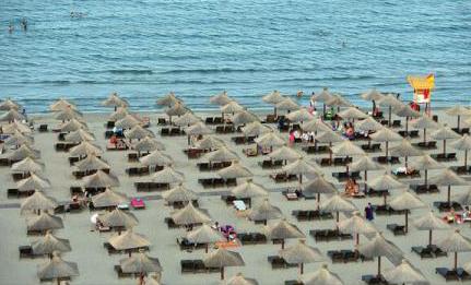 Românii pun litoralul Mării Negre pe primul loc în preferințele de vacanță din 2016