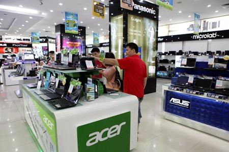 Românii se regăsesc în topul celor mai mari consumatori de produse noi din întreaga lume