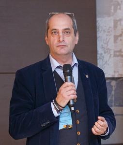 """Corneliu Mănescu: """"MCSI a iniţiat o serie de acţiuni menite să accelereze implementarea conceptului Smart"""""""