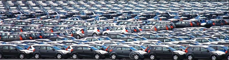 Piaţa auto din România a scăzut cu 14,5% în primele 4 luni ale anului