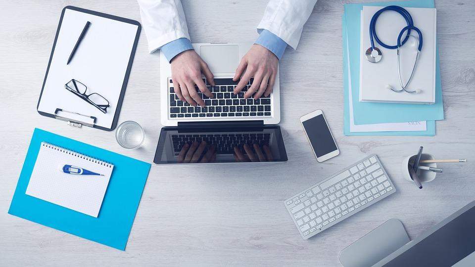 RegIntermed va digitaliza înregistrările în registrele de sănătate; platforma va fi interoperabilă cu sistemele informatice ale UE