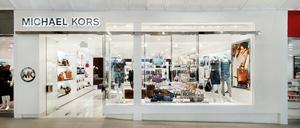 Michael Kors deschide primul magazin în România