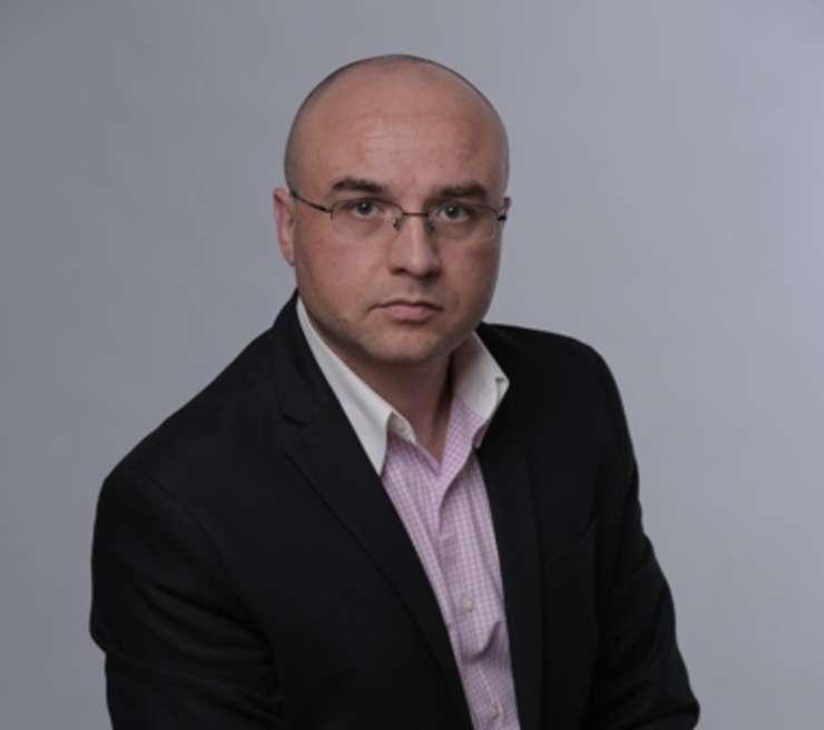 Mihai Mitrică (AER): E nevoie de o infuzie masivă de capital de la stat pentru susţinerea  consumului de carte