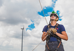 Monsson va lansa o campanie de angajare a peste 200 de tehnicieni şi ingineri în industria regenerabilelor