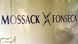 RISE Project: Birourile casei de avocatură Mossack Fonseca au depozitat și secretele unor mari afaceri din România