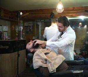 """O afacere """"brici"""": barbershop în centrul Capitalei"""