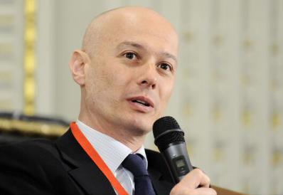 """Bogdan Olteanu: """"2019 a devenit o țintă tot mai puțin fezabilă pentru aderarea la zona euro"""""""