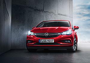 Noul Opel Astra a câştigat premiul SAFETYBEST 2015