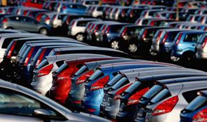 Piaţa auto din România a depăşit 156.000 de autovehicule noi, în 2017