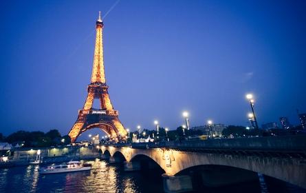 Paris şi Istanbul rămân în TOP 3 oraşe care au atras turişti români vara aceasta