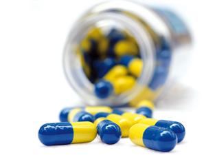 Producătorii de medicamente cer măsuri imediate pentru salvarea medicamentelor ieftine, cât și a producătorilor farma din România