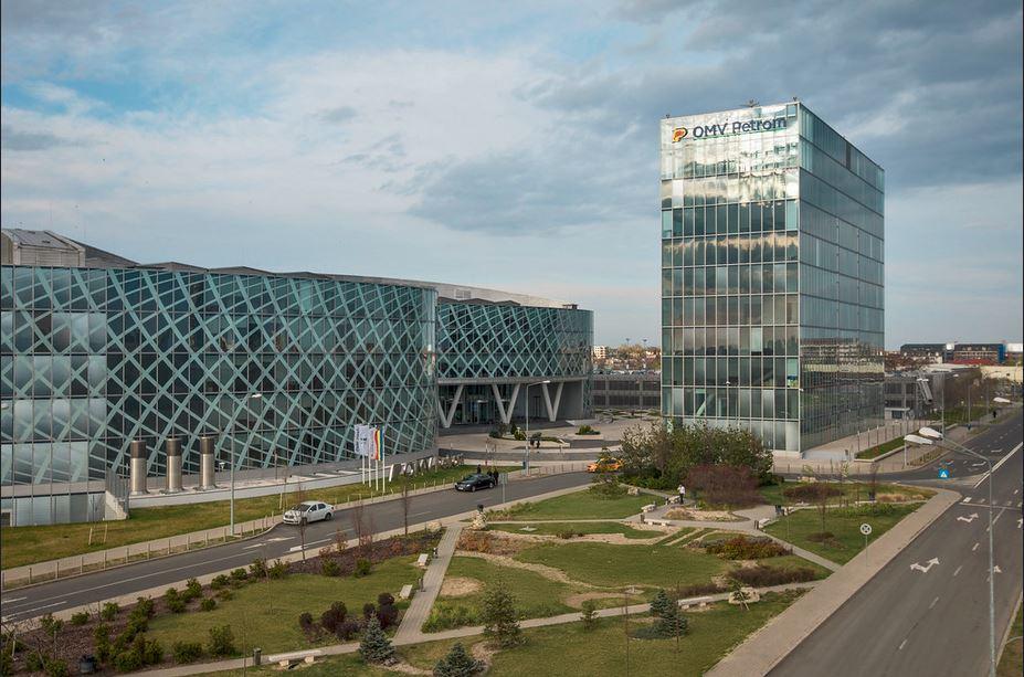 OMV Petrom estimează pentru acest an un profit net în creştere cu 32%