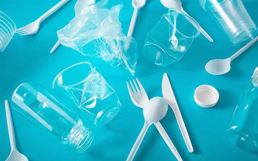 Produsele de unică folosință din plastic vor fi interzise în Uniunea Europeană din 3 iulie