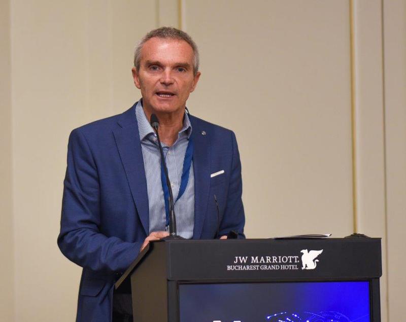 Prof. Riccardo Polosa, Univ. Catania (Italia): Dispozitivele care încălzesc tutunul pot fi o salvare pentru cei care vor să se lase fumat!