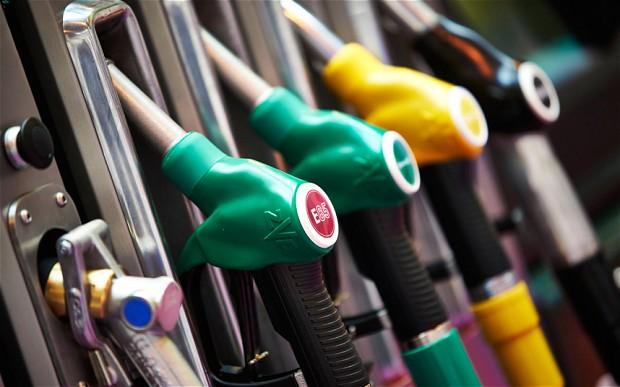 Consiliul Concurenţei analizează piaţa angro de comercializare a carburanţilor auto