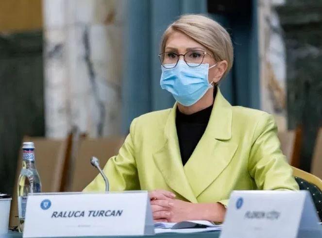 Raluca Turcan: În momentul de faţă este un haos în privinţa salarizării bugetare