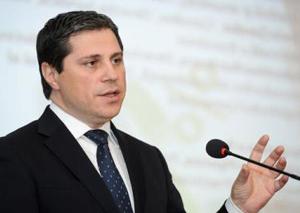 Florin Șandor este noul director general adjunct al Intesa Sanpaolo Bank