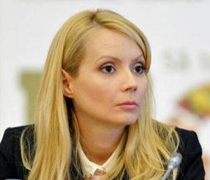 Daciana Sârbu cere la Bruxelles sprijin pentru apicultori și combaterea fenomenului mierii contrafăcute