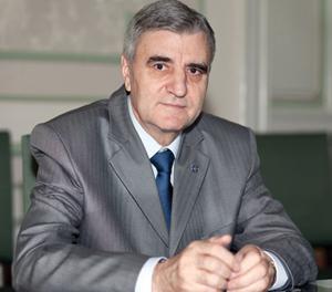 Academicianul Ioanel Sinescu a fost ales rector al UMF Bucureşti pentru un nou mandat
