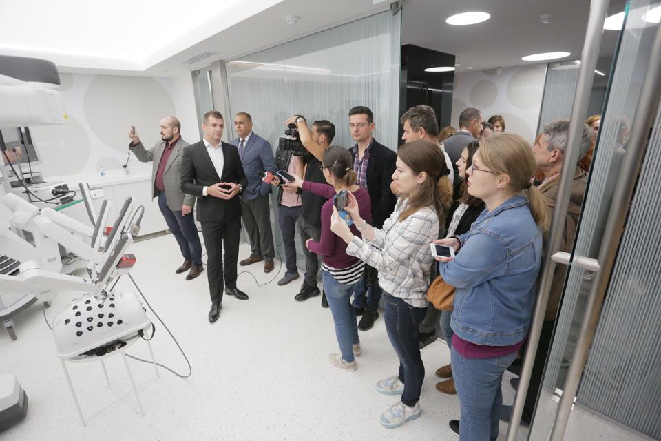 SofMedica deschide la București primul centru ISLE din România