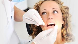 Piața serviciilor stomatologice a ajuns la 4.400 de companii, cu afaceri de 1,3 mld. lei anual