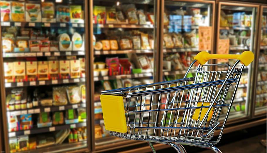 Marii retaileri alimentari se confruntă cu o criză de personal