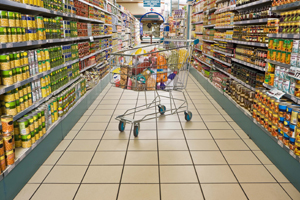 Explozia vânzărilor: +75% la alimente, peste 100% la produse nealimentare